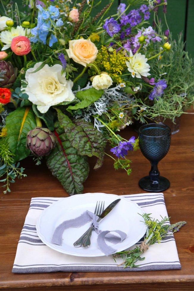 partypleasersblog@wordpress.com, white china, stripe linen napkin, wood farm table