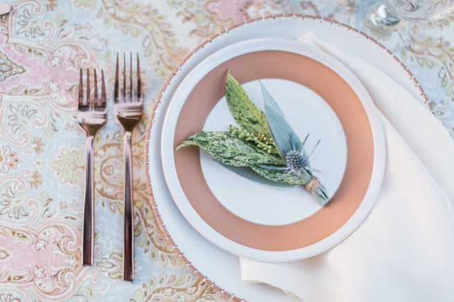 partypleasersblog.wordpress.com, rose gold flatware, terra cotta dishes (2)